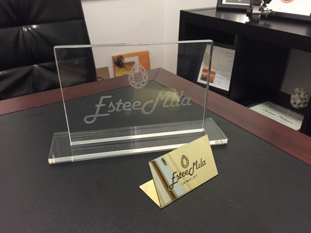 jewerly company display signs fabrication